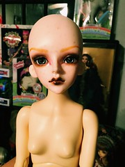 Betty Has Her Faceup (Josie&theKILLER_DOLLS) Tags: leaves doll goth ginger customfaceup betty dollleaves msd bjd