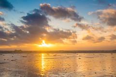 Waarde (Omroep Zeeland) Tags: westerschelde waarde wolkenlucht scheepvaart sleephopperzuiger windkracht zonsondergang