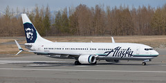 B737 | N467AS | ANC | 20150510 (Wally.H) Tags: boeing 737 boeing737 b737 n467as alaskaairlines anc panc anchorage airport