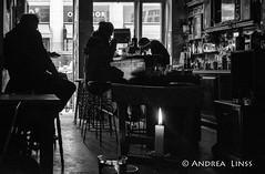 innenansichten ...interior views (andrealinss) Tags: berlin bw blackandwhite kreuzberg kreuzberg36 availablelight schwarzweiss street streetphotography streetfotografie berlinstreet berlinstreets kreuzbergstreet andrealinss 35mm