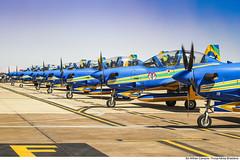 Aeronaves do Esquadrão de Demonstração Aérea (Força Aérea Brasileira - Página Oficial) Tags: 2018 a29 a29supertucano ala ala1 brasíliadf brazilianairforce eda esquadrilhadafumaça fab forcaaereabrasileira forçaaéreabrasileira fotowilhancampos organizacaomilitar portoesabertos