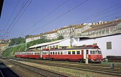 CP 0300, Coimbra-B, 1998 (filhodaCP) Tags: ramaldalousã allan cp caminhodeferro comboiosdeportugal railcar
