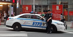 NYPD (nifty43 (nifticus)) Tags: nypd newyoukpolicedepartment timessquare