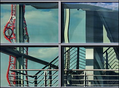 Dancing crane (Logris) Tags: kran reflection spiegelung spiegelungen window abstract abstrakt crane fenster