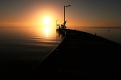 Morning at Milang, Lake Alexandrina, Fleurieu Peninsula, South Australia (Red Nomad OZ) Tags: sunrise milang australia southaustralia fleurieupeninsula lake lakealexandrina light water jetty sky outdoor landscape waterscape morning colour nature dawn