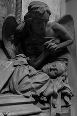 Genova, Cimitero Monumentale di Staglieno (Sven Kapunkt) Tags: friedhof friedhöfe cemetery cemeteries cimetière cimitero campo certosa gräber grab graveyard grabmal gothic grabstätte genova genua italien italia italy ligurien liguria statue staglieno engel angel