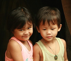 sister and brother (the foreign photographer - ฝรั่งถ่) Tags: sister brother children happyplanet asiafavorites