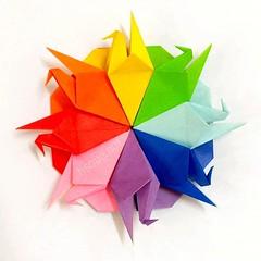 Crane Coaster (harukasouen99) Tags: origami modularorigami unitorigami handmade diy papercraft paperfold paperart paperfun papiroflexia foldingpaper paperfolding arteenpapel papirodobradura papercrane おりがみ 折り紙 折紙 折り鶴