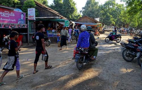 Busy market in Nyaung U, Myanmar