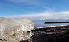 Can you see a Face ??? (Danny VB) Tags: ice face visage beach playa plage capdespoir gaspésie gaspesie quebec canada cold winter froid glacial glace mer ocean atlantic cap ciel sable hiver vagues waves dannyboy noel navidad christmas sonyilce6300 sony 6300 alpha alpha6300 a6300 mirrorless sansmirroir