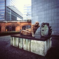 Denkmal Berlin Kantstrasse 2.2.2019 (rieblinga) Tags: berlin kantstrasse denkmal 222019 rackow schulen analog rollei 6008 fuji rdp ii e6 diafilm