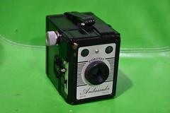 Coronet Ambassador (Matthew Paul Argall (Digital/Misc)) Tags: camera old vintage classiccamera boxcamera filmcamera madeinuk