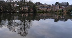 River Derwent Reflections. Belper. 2018 (Simon W. Photography) Tags: riverderwent belper derbyshire ambervalley reflections trees eastmidlands england peakdistrict derwentvalleymills nature parks derbyshirelive water belperrivergardens unitedkingdom uk english greatbritain gb britain british reflection mirror mirrorimage simonhx100v sonyhx100v hx100v sony canalandrivertrust canalrivertrust theinlandwaterwaysassociation inlandwaterways outdoor outdoors outside landscape landscapephotography december december2018 winter winter2018 derby peakdistrictnationalpark sonyflickraward