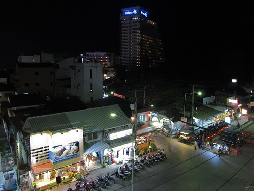 Damnoenkasem Road, Hua Hin