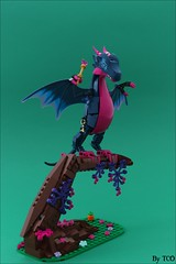 Diligitis the Fairy dragon (...The Chosen One...) Tags: lego moc elves magic fairy love