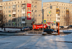 hd_20190215170358 (anatoly_l) Tags: russia siberia kemerovo city winter february 2019 snow firetruck