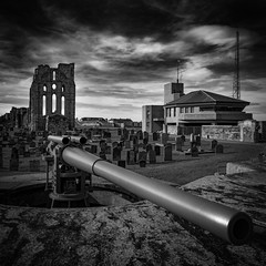 "6"" Gun Battery, Tynemouth Castle (Juxtaposition) (solidtext) Tags: tynemouth priory castle graveyard gravestones blackandwhite mono gun battery coastguard lookout ruin 6 inch englishheritage"