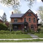 Orillia Ontario - Heritage Walking Tour - Queen Anne Architecture thumbnail