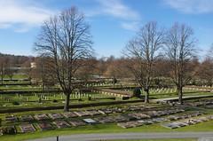 Västra Kyrkogården (rotabaga) Tags: sverige sweden göteborg gothenburg k5 pentax kyrkogård cemetery