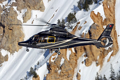 23.02.2019 (Romain BAHEU) Tags: courchevel savoie snow spotting altiportcourchevel alpes alps helicopter helicoptere helicopterlife montagne mountain montblanc rotor airbushelicopters aerospatiale eurocopter dcaviation swissheli swisshelicopter swiss suisse switzerland