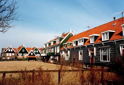 Marken houses_P