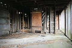 Inside abandoned farmhouse - Alden, Illinois (Cragin Spring) Tags: midwest unitedstates usa unitedstatesofamerica illinois il northernillinois farm mchenrycounty alden aldenil aldenillinois abandoned farmhouse room