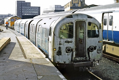 Waterloo & City Surfaces (Kingmoor Klickr) Tags: gordonedgar waterloocity class487 waterloo s62 s86 crompton 33034