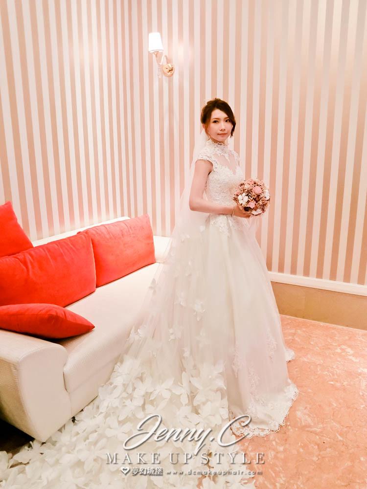 【新秘蓁妮】bride宛君 結婚造型 /市政路寶麗金