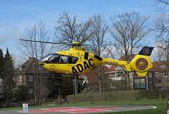D-HDEC, Christoph Hansa (janhuempel) Tags: adac rettungsdiensthamburg rettungshubschrauber ec135 christophhansa rettungsdienst airbushelicopter