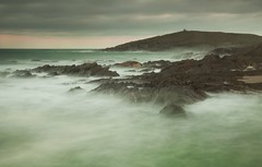 Towards Towan Head (Julian Barker) Tags: towan head little fistral newquay cornwall kernow south west england uk europe sea seashore coast atlantic ocean water rock rocks rough misty headland canon dslr 5d mkii julian barker