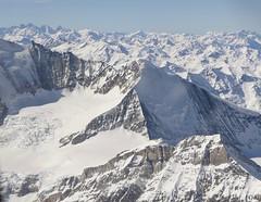 Swiss Alps panoramic view Switzerland (roli_b) Tags: panoramic panorama view swiss alps alpi alpine schweizer alpen switzerland schweiz suisse suiza svizzera valais wallis schnee bedeckte berge snow topped mountains aerial above luftaufnahme avion überflug flug 2019 landscape nature travel viajar tourism