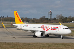 TC-DCH Airbus A320-216 Pegasus Airlines Stansted 02nd March 2019 (michael_hibbins) Tags: tcdch airbus a320216 pegasus airlines stansted 02nd march 2019 aeroplane aerospace aircraft aviation airplane air aero airfields airport airports civil commercial passanger passenger jet jets tc turkey turkish