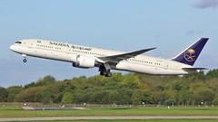 HZ-AR11 (AnDyMHoLdEn) Tags: saudia saudiarabian 787 skyteam dreamliner egcc airport manchester manchesterairport 23r