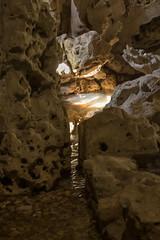 Illuminated channel (20190410) (Graham Dash) Tags: crystalgrottopainshill painshill grottoes sunlight 2019pad