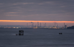 Stanlow Sunrise: 3rd January 2019 (Rob Pitt) Tags: easthamferry sunrise stanlow refinery river mersey canon 70200 f4 l sony a7rii