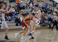 DSC_6162 (K.M. Klemencic) Tags: hudson high school boys basketball explorers brecksville bees ohio suburban league ohsaa