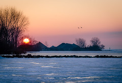 Sunrise over Kingsville Harbour (Neil Cornwall) Tags: kingsville ontario winter march 2019