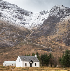 Lagangarbh (judepics) Tags: buachailleetivemor glenco highlands lagangarbh scotland snow winter