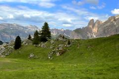 Val Gardena (annalisabianchetti) Tags: trentinoaltoadige mountains montagne dolomites dolomiti alps italy paesaggio landscape travel beautiful clouds nuvole