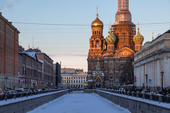 Evening in St. Petersburg. in St. Petersburg. (Oleg.A) Tags: square landscape church street old frost city outdoor design evening orange snow building exterior sunset colorful dome winter yellow tower orthodox brick style cross antique architecture landscapes outdoors town leningradoblast ru saintpetersburg russia sky