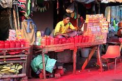 kolkata super red (kexi) Tags: kolkata india asia red man vendor canon february 2017 instantfave
