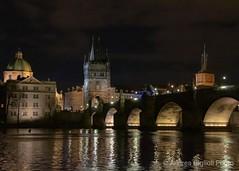 Ponte Carlo (Andrea Giglioli) Tags: viaggio vianotturna ponte pontecarlo praga prague night europa cecoslovacchia canon eos luci capodanno trip gotico fiume castel castello