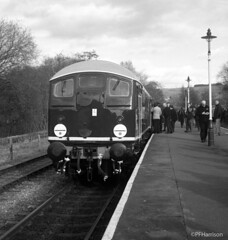D5054 at Rawtenstall (pfh2010) Tags: elr eastlancashirerailway railway photos d5054 class24 yashicamat 124g kodak trix film blackwhite 120 tlr