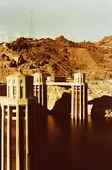 Hoover Dam (M.Olen) Tags: hooverdam leica leicam6 svema svemacolor125 film filmphotography colorfilm arizona 35mmfilm