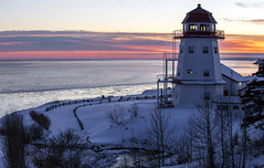 Sky on fire (Danny VB) Tags: phare lighthouse granderivière snow winter sunset canon 6d dannyboyphotography ocean atlantic gaspésie gaspesie quebec canada coucher soleil