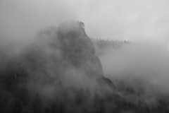 Gorge(ous) mist (Matthew Almon Roth) Tags: columbiagorge thegorge columbiagorgenationalscenicarea oregon i84 interstate84 forest mist lessismore evergreen pinetree conifer waterfall