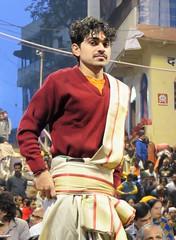 varanasi 2019 (gerben more) Tags: aarti priest man youngman india benares varanasi