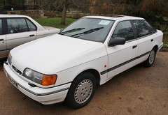 G974 CTW (Nivek.Old.Gold) Tags: 1990 ford granada 20i ghia x auto 5door hh