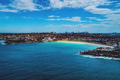 Bondi & The City  Available as fine art print on www.kess.gallery  #bondi #sydney (alexkess) Tags: bondi sydney newsouthwales australia au