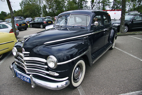 Plymouth Special DeLuxe Sedan 1949 (6592)